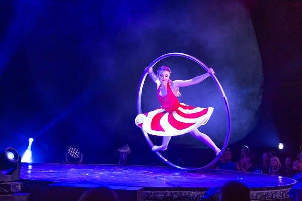 A Magical Cirque Christmas At MPAC