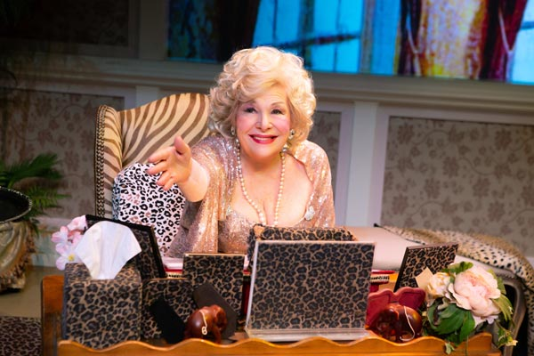 "Renee Taylor's ""My Life On A Diet"" Comes To George Street Playhouse"