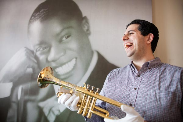 Louis Armstrong's The Night Before Christmas   Featured at NJ Jazz Society December Social