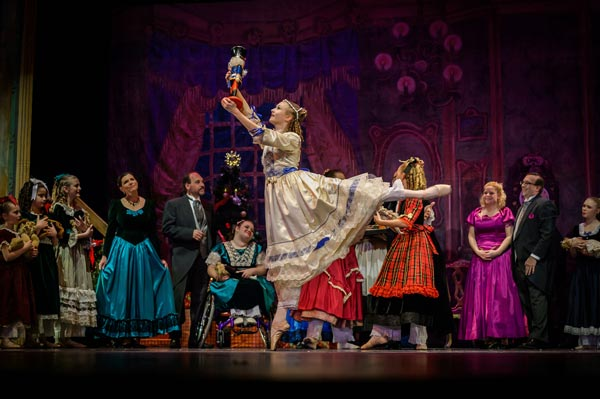 Roxey Ballet's 26th Annual Holiday Classic Nutcracker Runs November 30 - December 8
