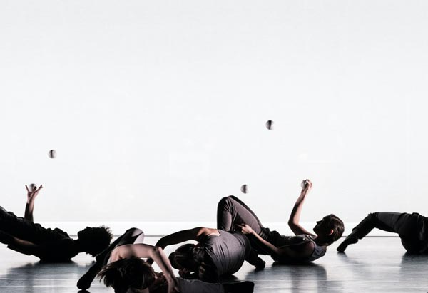 "Peak Performances Presents The Premiere Of Gandini Juggling and Choreographer Alexander Whitley's ""Spring"""