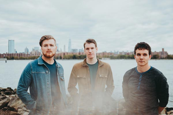 "Makin Waves Record of the Week: ""Find Light"" by Cold Weather Company"