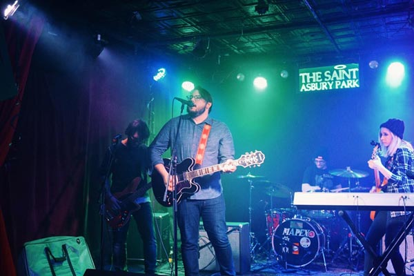 Makin Waves Scene Report with Dave Mooney & Viewers Like You, Hub City Music Festival, Fourth Wave and more
