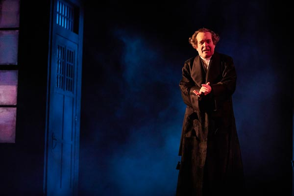 """Tony Winner Jefferson Mays Reprises Role in """"A Christmas Carol"""" Available Online"""