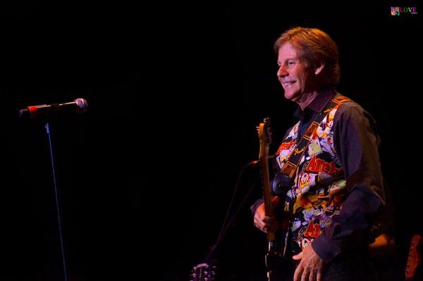 "The Voice of ""Sugar, Sugar"" Spotlight on Pop Music's Ron Dante"