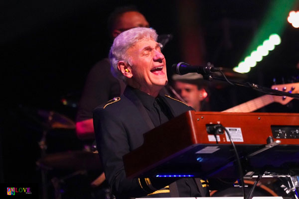 """Come Sail Away!"" Spotlight on Styx Founding Member Dennis DeYoung"