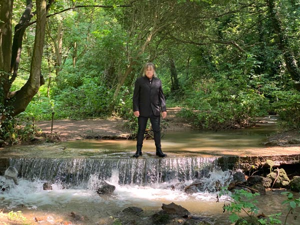 Mike Peters presents The Alarm  STREAM {Hurricane of Change} - Double Album Release Set for June 12