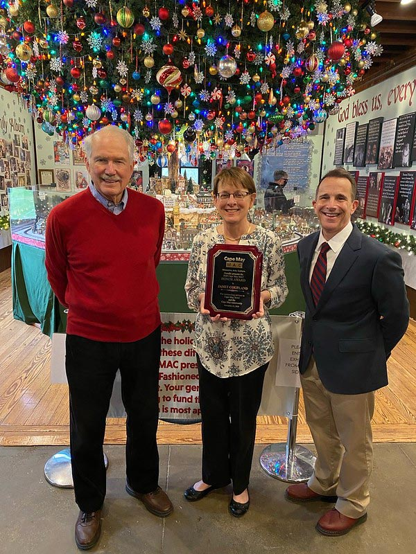 Janet Coupland receives Cape May MAC's Annual Honor Award