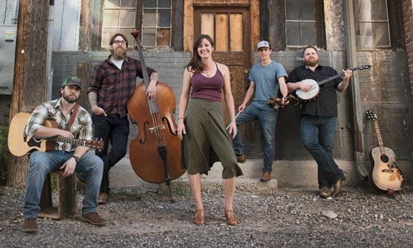 """Laney Lou and the Bird Dogs To Release """"Through The Smoke"""""""