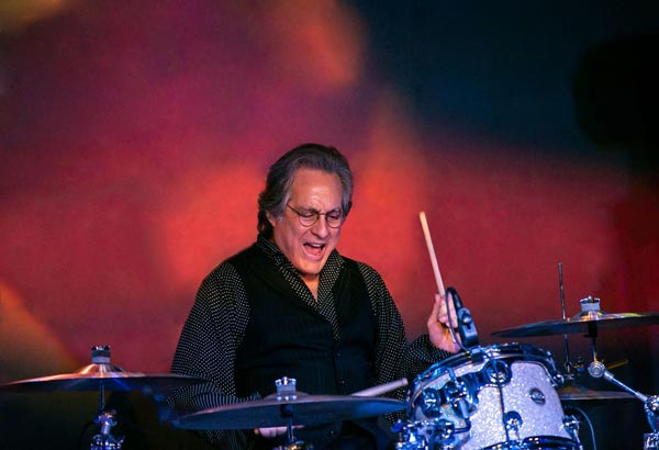 Max Weinberg to Headline NJ Lottery Festival of Ballooning On July 23
