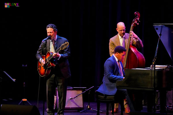 """""""Extraordinary!"""" John Pizzarelli and Catherine Russell in """"Billie & Blue Eyes"""" at Toms River"""