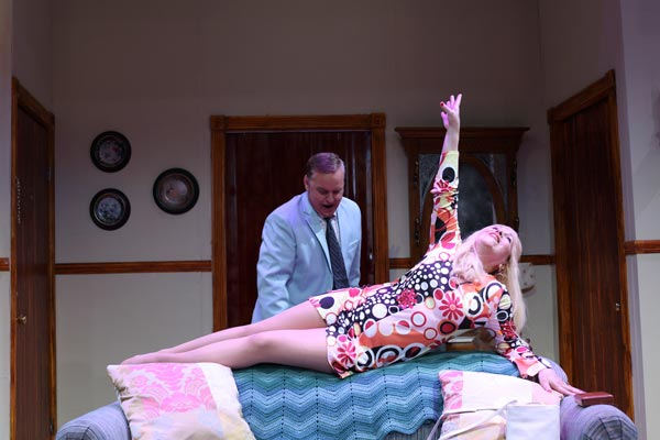 """A Look At """"The Last Of The Red Hot Lovers"""" At Cape May Stage"""